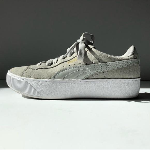 70a2b1563ef PUMA Vikky Grey Suede Platform Sneakers 5.5M. M 5a7664e9b7f72bbcce8c6e42
